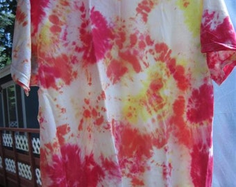 "Tiedye ""Splatter "" T-shirt...size LG (42/44)...59...reds and yellows"