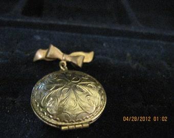 20% OFF SALE!!!! Vintage Solid Perfume Jewel Locket Pin  1971  Avon....# 304...