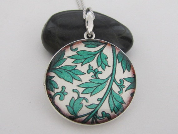 Green Leaves - Silver plated photo Locket Necklace, pendant necklace