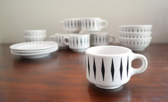 Vintage Homer Laughlin Best China Restaurant Ware Mugs, Bowls, and Saucers with Black Diamonds - 15 Pieces