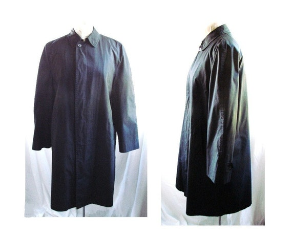 TRENCH Coat / vintage Mens 80s Black Trench Rain Coat / Black London Fog Trenchcoat Overcoat size 40 Reg