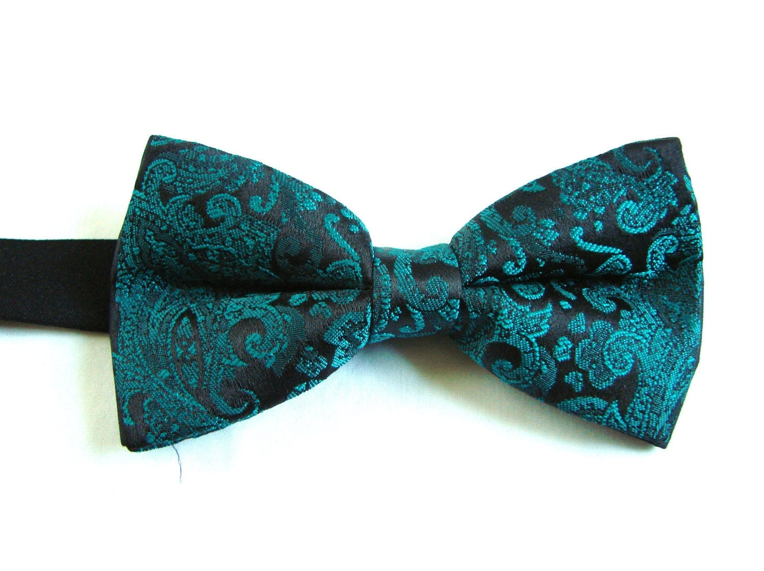 vintage paisley teal green easy on easy bow tie