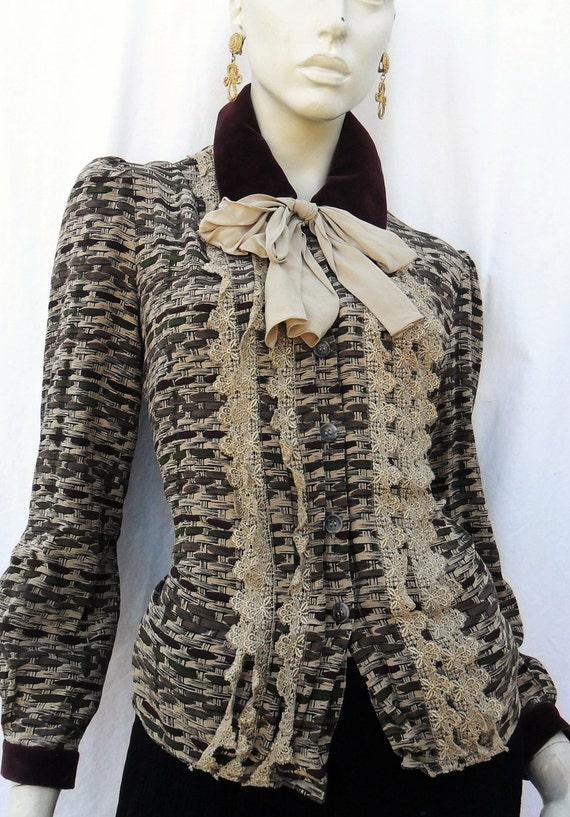 Vintage OSCAR De La RENTA RENAISSANCE Girly Bow Tie Lace Old fashioned Blouse So girly