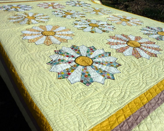 Hand sewn quilt antique quilt Dresden plate quilt signed quilt