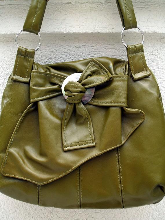 Apple Green Hobo Handbag with Shell Accent