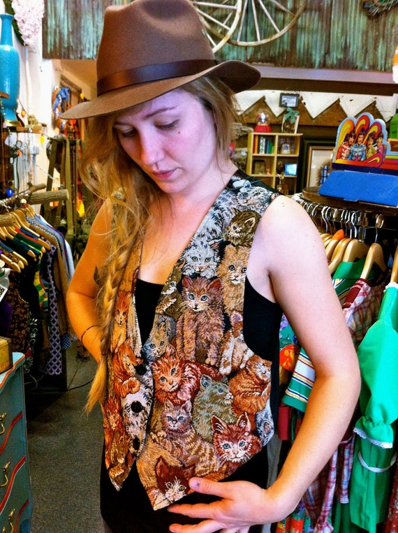 90s Needlepoint Kitten Vest