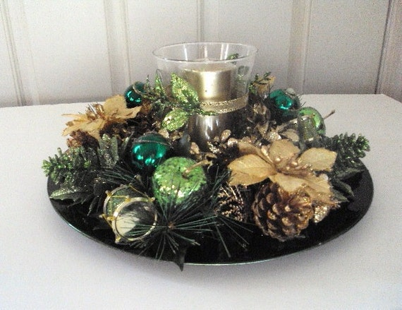 Reserved holiday centerpiece green charger plate embellished