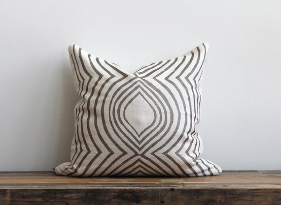 Aya Contour metallic pewter pillow cover hand printed on off-white organic cotton hemp 20x20
