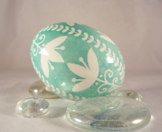 Easter Egg Willow and Tulip , Aqua, Turquoise Colors, Ukrainian Batik Eggs, Easter Bunny Eggs, Pysanky