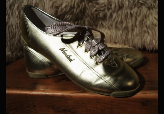 vtg GOLD LAME Metallic Low Profile Sneakers Tennis Shoes, Size Women's 8.5