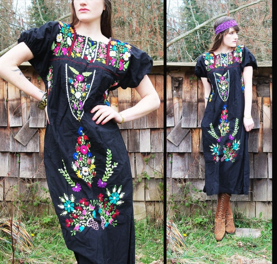 70s vtg OAXACAN Mexican Embroidered Hippie Peasant Dress, Free Size