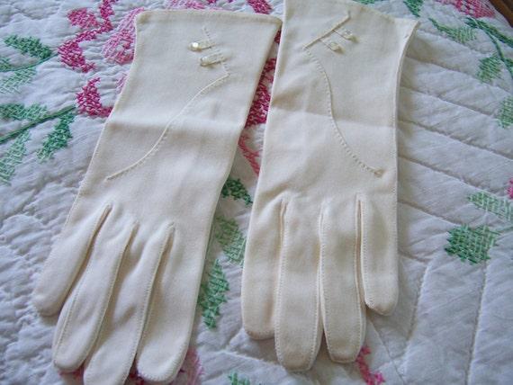 Dawnelle Cotton Gloves size 7 1/2