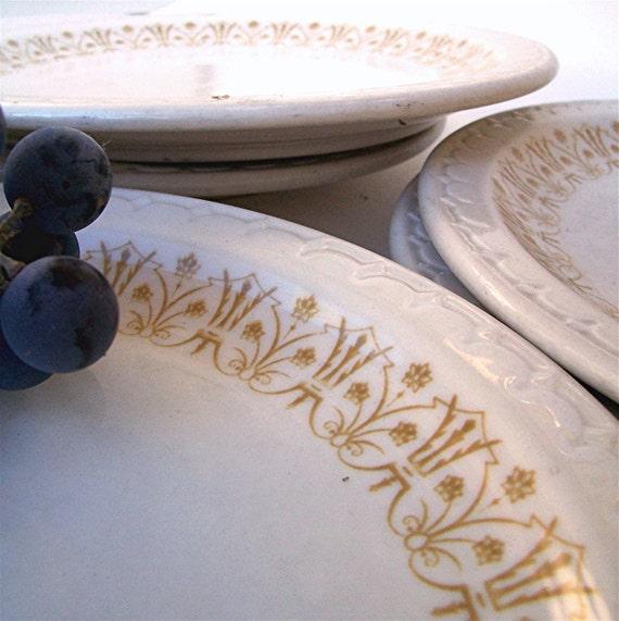 Vintage Restaurant Ware Plates, Four Syracuse Dinner Plates