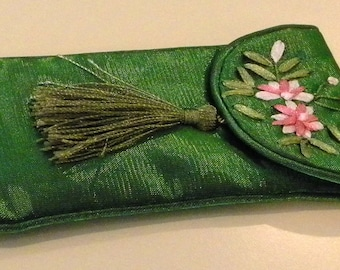 Jewelry gift pouch Lettuce Green Satin Floral with tassel