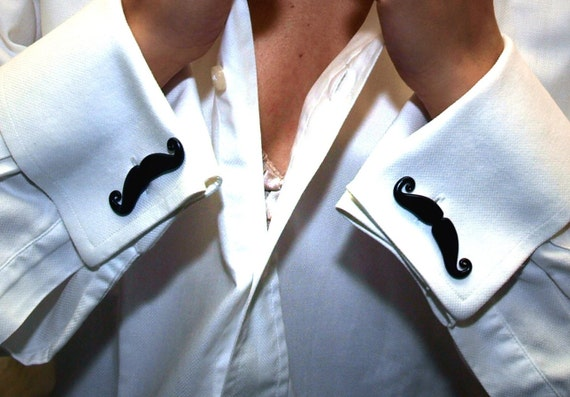 Set of Six Mustache Cufflinks get one pair free Wedding favors Mustache groomsmen gifts grooms