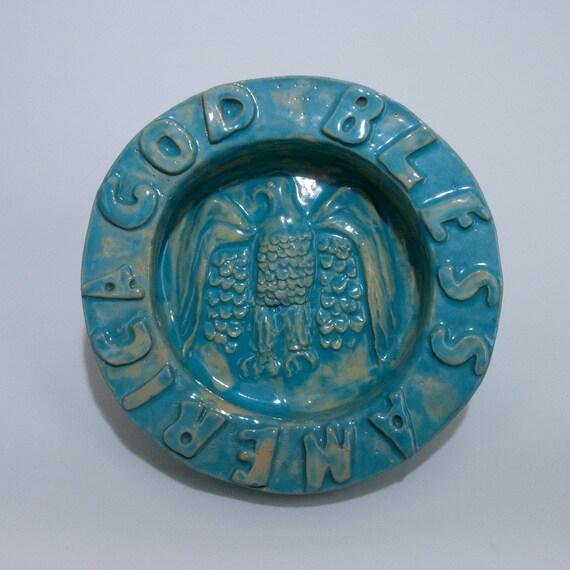 Collectible Americana Vintage Eagle Patriotic Handmade Ceramic Pottery Bowl