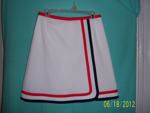 1960's White Skirt Skort Shorts - Tennis Shorts - Playsuit Scooter - Romper Coulotte - Golf Skirt - By Neiman Marcus