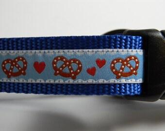 Bavarian Pretzel Dog Collar- Blue