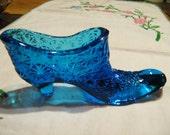 Vintage blue daisy-cut  glass slipper
