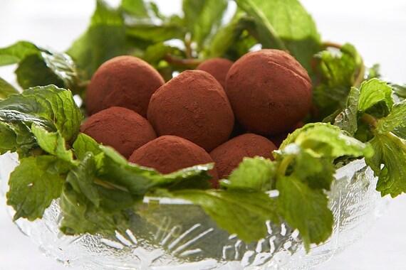Vegan Gluten-Free Chocolate Truffles: Peppermint (8 count)