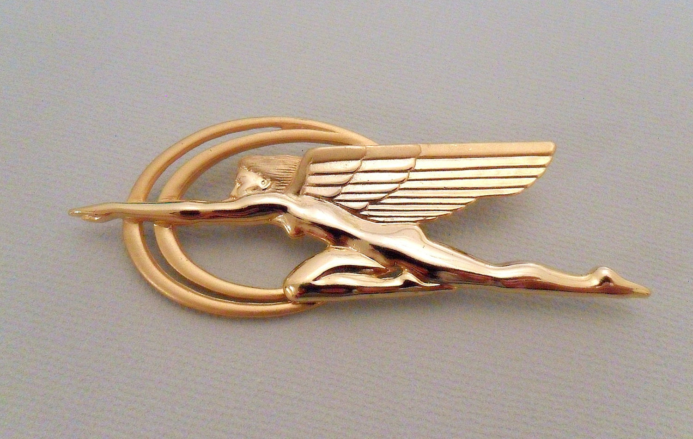 Jj 1988 Gold Tone Pin Brooch Nike Winged Goddess Of Victory