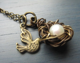 Single Egg nest, Antique Bronze Nest, Freshwater Pearl, little birdie, Antique Bronze Necklace, Expectant mommy, Only child, Holiday gift