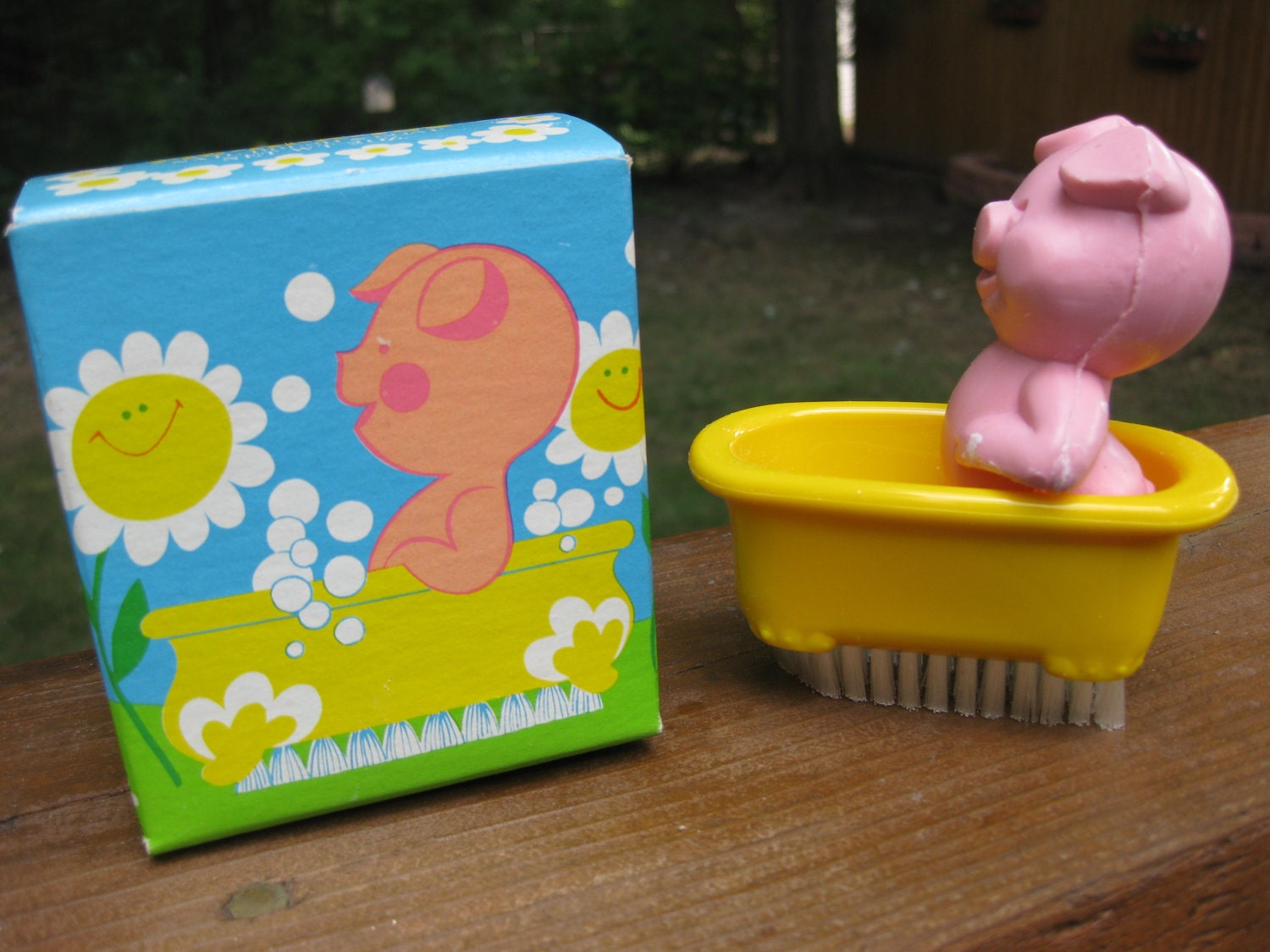 Avon pig in a tub soap nail brush new in box vintage 1970s for Avon nail decoration brush