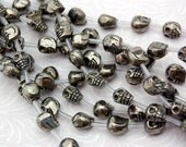"1 Strand 15.5"" IRON PYRITE SKULL Beads, 8x9mm  Natural Gemstones . Carved Fool's Gold"