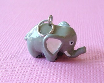 3D Gray Handpainted ELEPHANT Solid Resin Charm  CHA0117