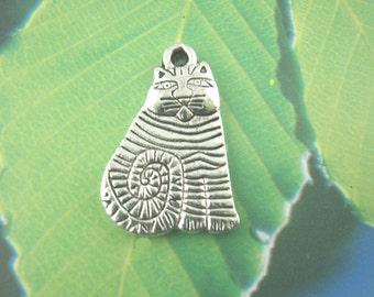 6 Silver Striped Tabby CAT kitten Charms Pendants  20x13  chs0789