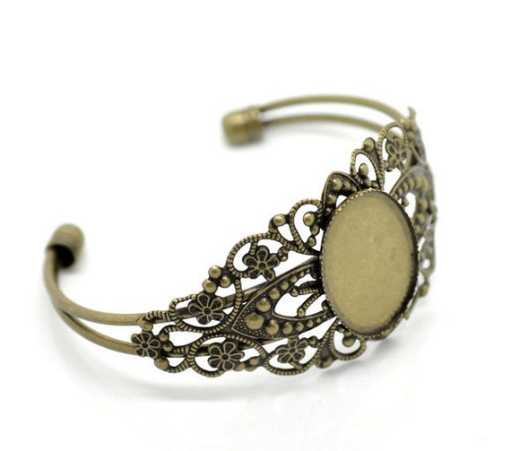 Antique Bronze Filigree Cuff Bracelet Oval Setting . Fits Cameos or Cabochons 25mm x 18mm