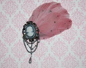 Victorian Cameo Feather Pad