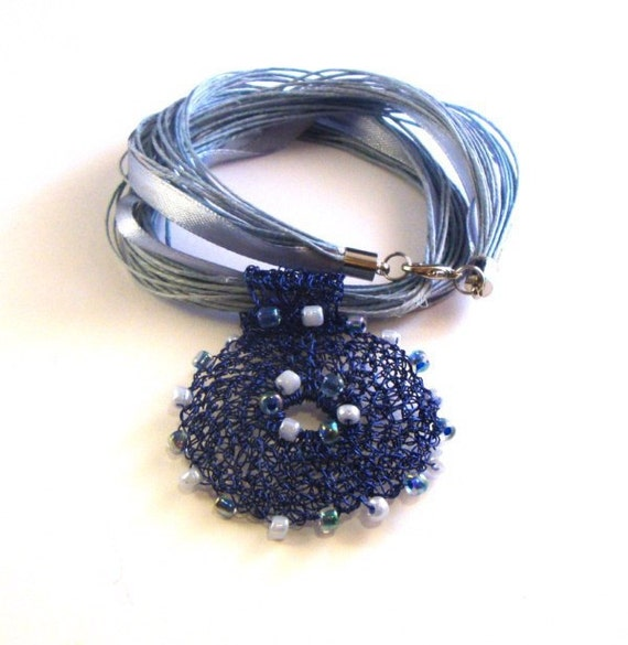 Wire crochet necklace dark blue circle OOAK