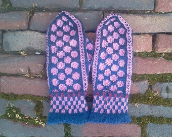 warm woolen mittens 'Jets happy polka dots'