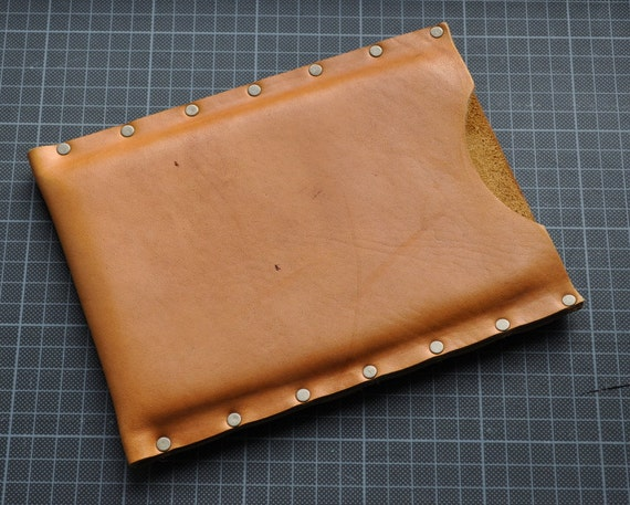Kindle FIRE case sleeve cover natural waxed leather. Raw style. Vintage look. Cracked leather