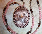 brown pink picture jasper oval beaded necklace