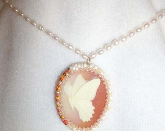 beaded butterfly cameo pearl necklace