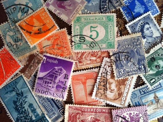 Vintage International Postage Stamps LOT of 25