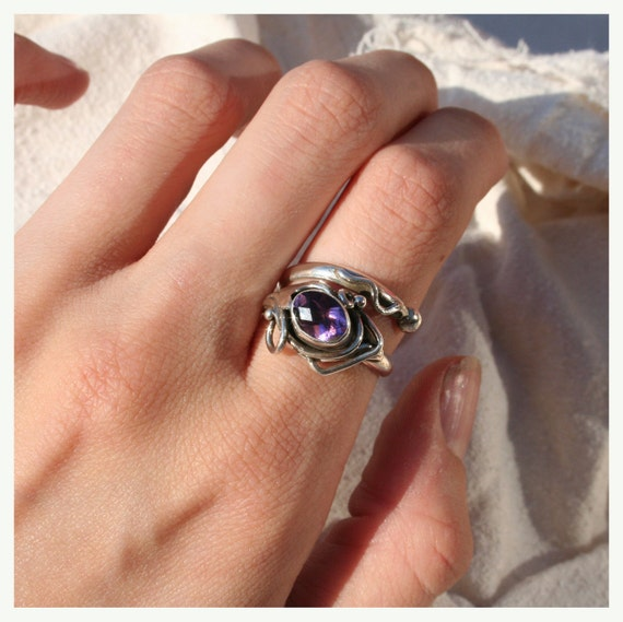 Queen Of The Faeries Amethyst Ring (One Size, Adjustable)