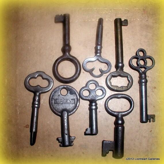 Antique Keys Collection 8 Vintage Steampunk Supplies