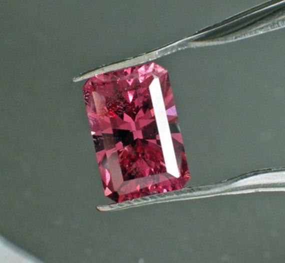 Rectangle 2.40 ct  Color Shift Garnet - Petal Pink to Purple - Master Cut by Stephen Kotlowski - Modified Barion