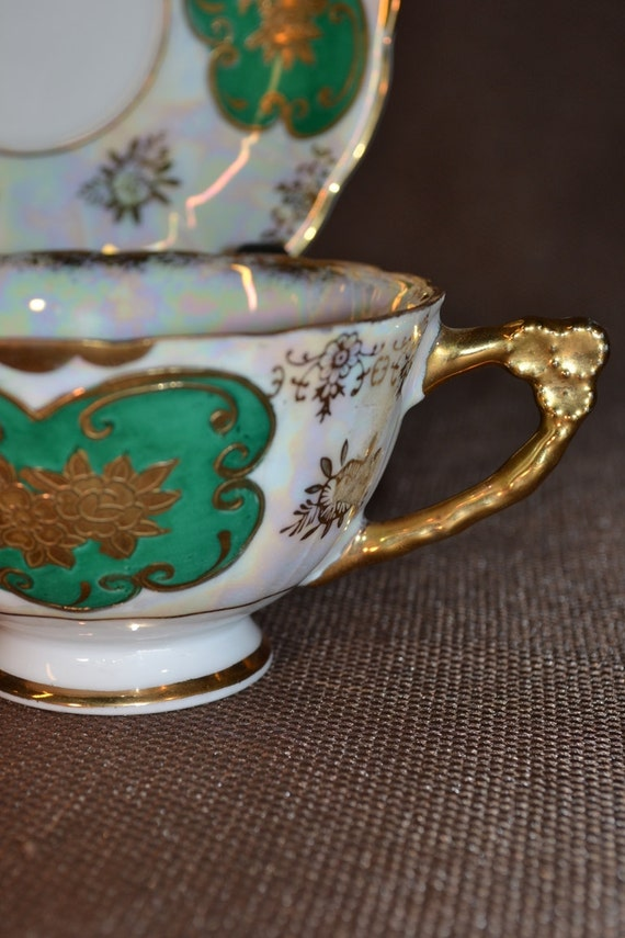 Pearlized Green and Gold Teacup Japan FREE DRILLING