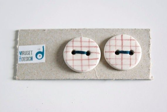 Ceramic buttons striped, red and white
