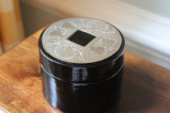 Black lacquered nesting boxes - set of 3