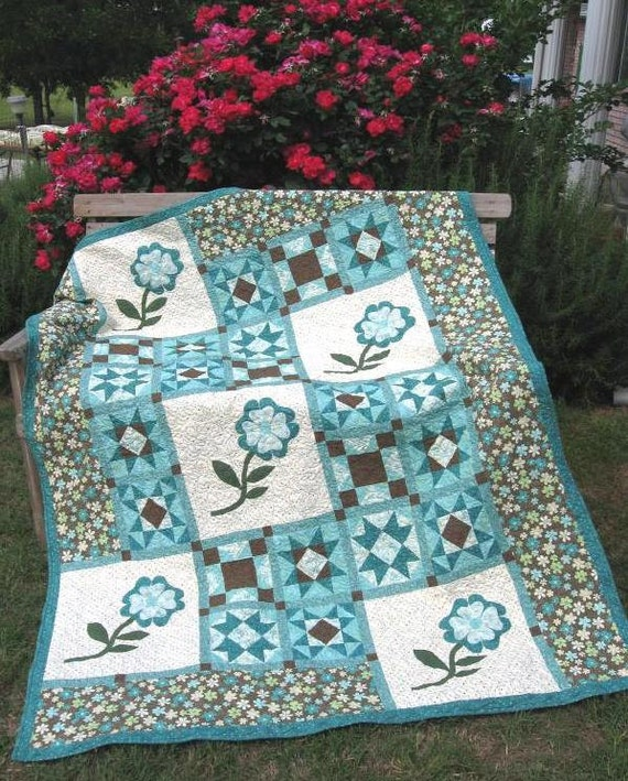 A Walk in the Garden Quilt Pattern