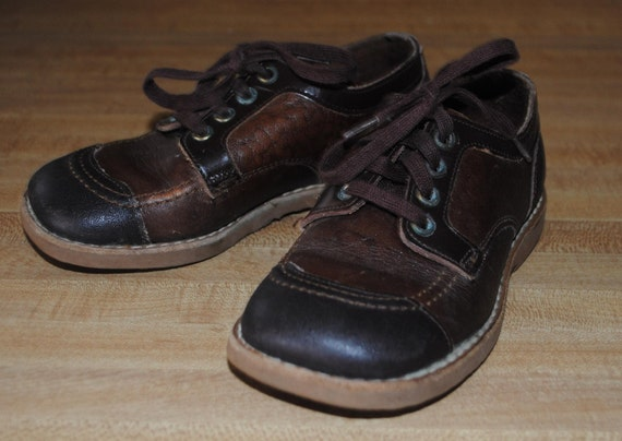 Sale vintage two tone leather Jumping Jacks toddler shoes
