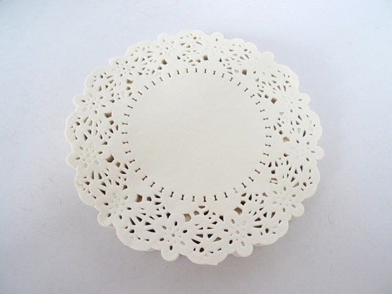 100 French Lace Paper Doilies - Doily - 5.5