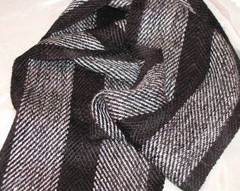 Handwoven Scarf in Bamboo, Rayon and Linen (829)