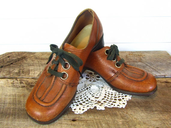 Oxfords 1960s Brown Leather 8 1/2 Dark Brown Stitching and Shoestrings