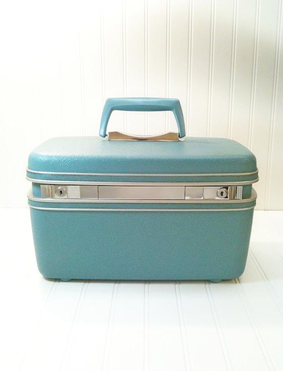 Vintage Aqua Samsonite Train Case